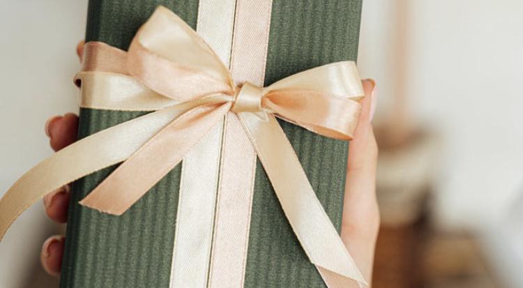 Women's Gift Wrap Night